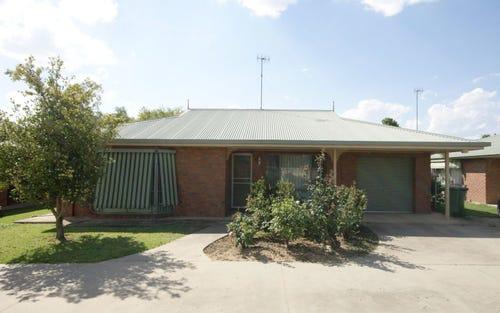 2/407 Cressy St, Deniliquin NSW 2710