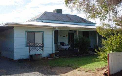 465 Water St, Hay NSW 2711