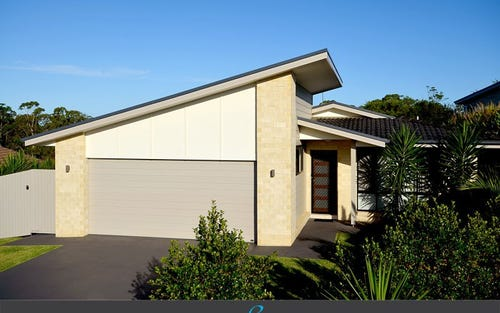 21 Vista Close, Woolgoolga NSW 2456