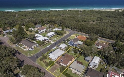 Address available on request, Budgewoi NSW 2262