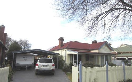 10 Cooper Street, Cootamundra NSW