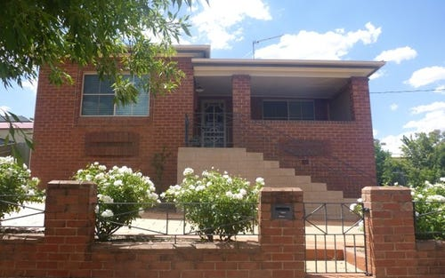 16 Forster Street, Parkes NSW 2870