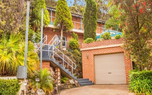 61 Tobruk Avenue, Engadine NSW 2233