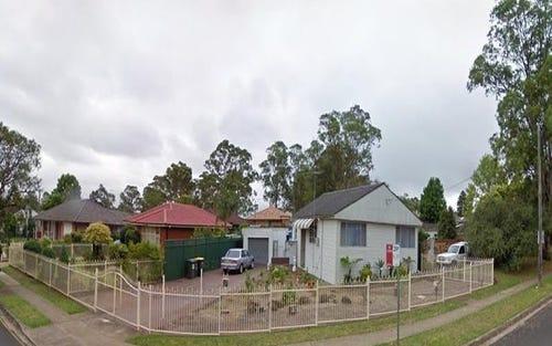 22 Trafalgar St, Glenfield NSW 2167