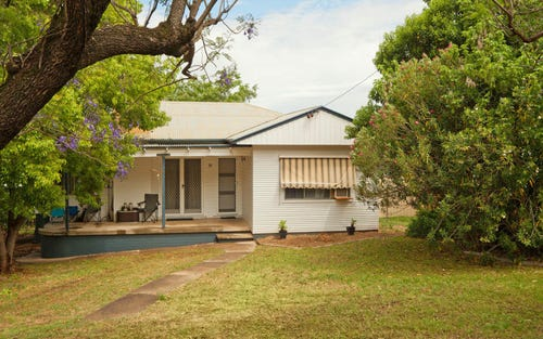 30 Hall Street, Tamworth NSW 2340