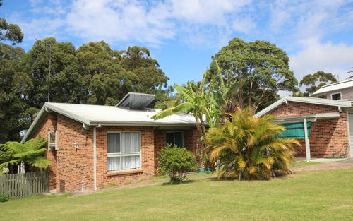 12 Tropic Gardens Drive, Smiths Lake NSW 2428