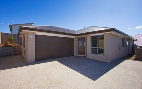 2/9 Narooma Street, Pottsville NSW 2489