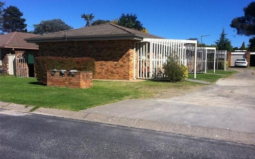 1/10 Wigan Avenue, Bona Vista NSW