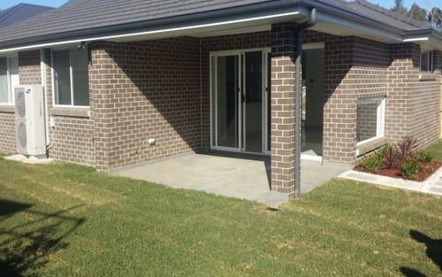22 Sandhurst Cl, Gregory Hills NSW 2557
