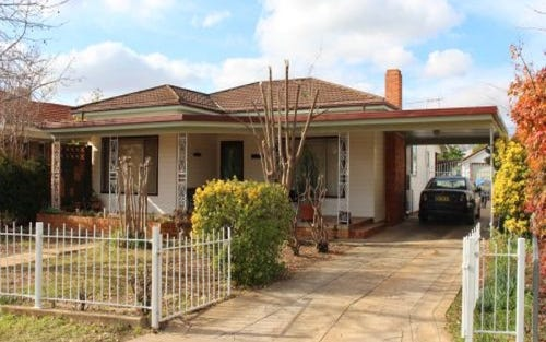 17 Maiden Ave, Leeton NSW 2705