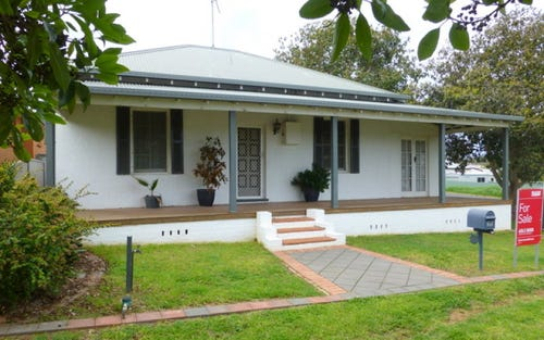 147 Currajong Street, Parkes NSW 2870
