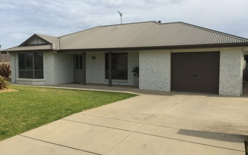 11 Allunga Street, Glenfield Park NSW 2650