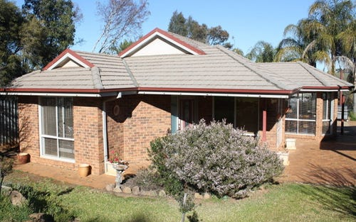 102 Bruce Street, Coolamon NSW 2701