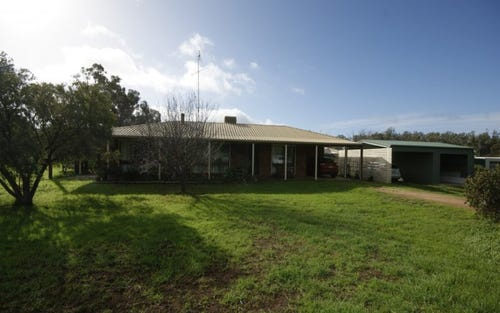 74 Moama St, Mathoura NSW 2710