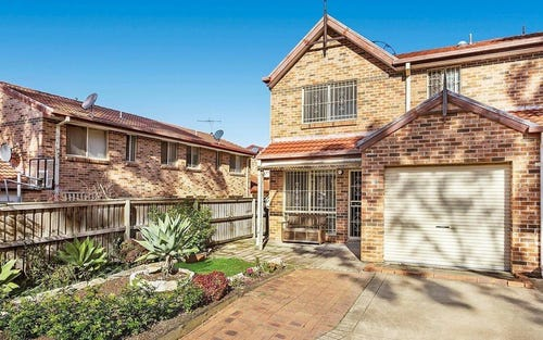 8/23 Ron Scott Circuit, Greenacre NSW 2190
