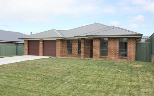 26 Phillip Street, Bathurst NSW 2795