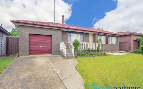 18 Alpine Circuit, St Clair NSW