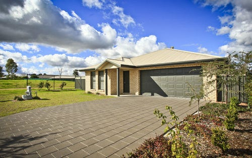 8 Ashlundie Crescent, Dubbo NSW 2830