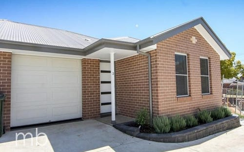 2/70 Rocket Street, Bathurst NSW
