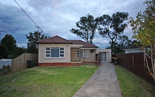 7 Cuthel Pl, Campbelltown NSW 2560