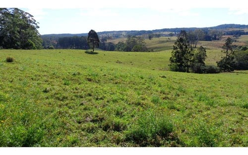 Address available on request, Lowanna NSW 2450
