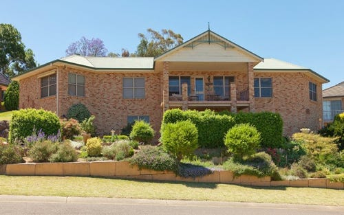 11 Bradley Place, Tamworth NSW 2340