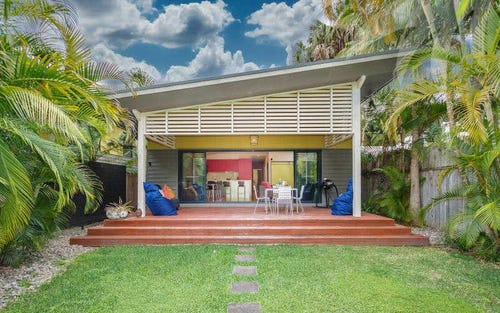 28 Lakeside Cres, Elizabeth Beach NSW 2428