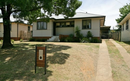 29 Gilmore Avenue, Mount Austin NSW 2650