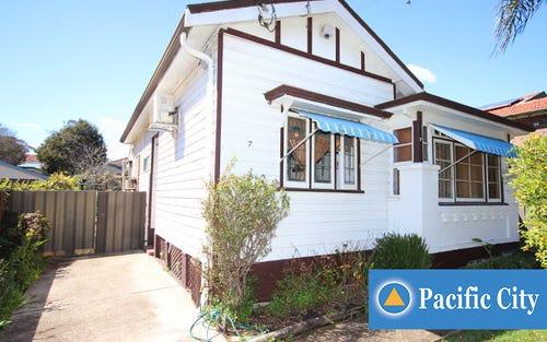 7 Vivienne Ave, Lakemba NSW 2195