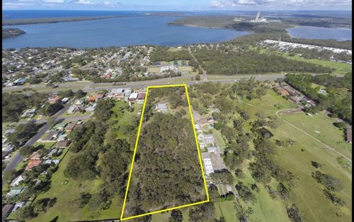315 Pacific Highway, Lake Munmorah NSW 2259