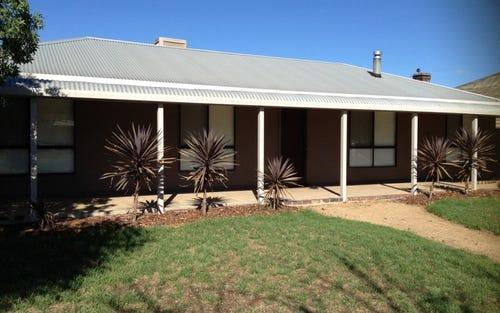 150 Camp Street, Temora NSW 2666