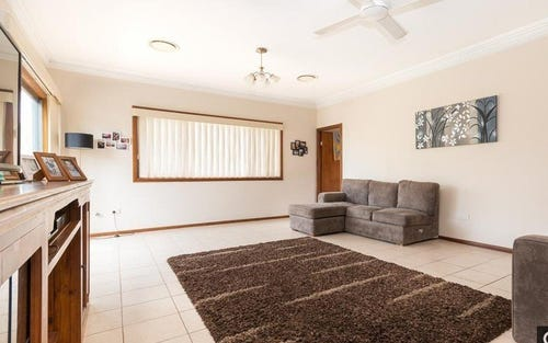 16 Merryl Avenue, Old Toongabbie NSW 2146