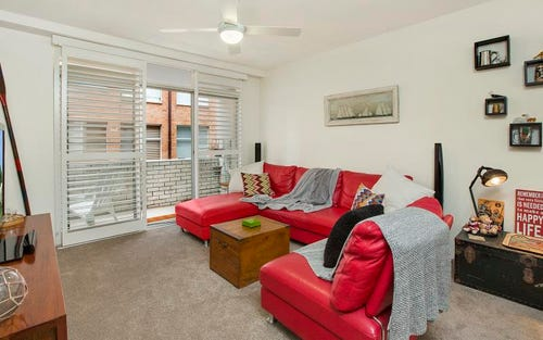 2/4 Holborn Avenue, Dee Why NSW