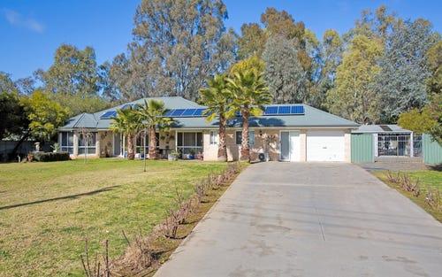 114 Short Street, Howlong NSW 2643