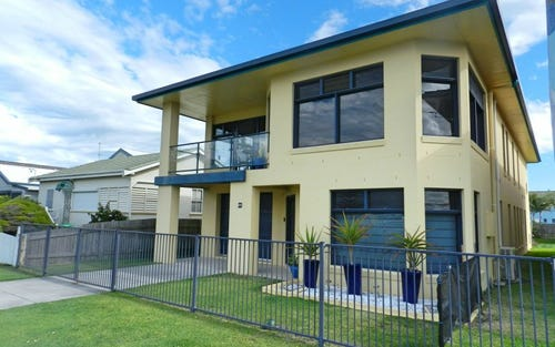 68 Ocean Road, Brooms Head NSW 2463