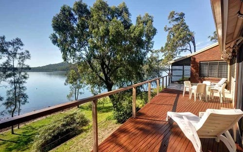 55 Point Circuit, North Arm Cove NSW 2324