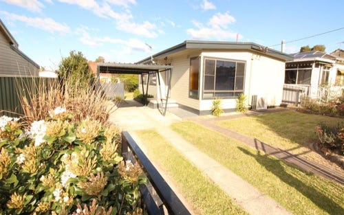 8 Corden, Edgeworth NSW