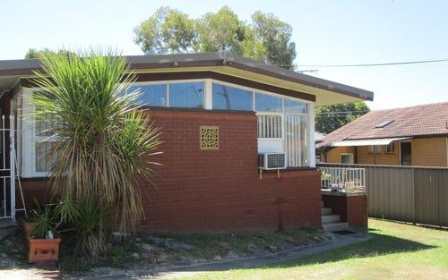 3 Tinakill Avenue, Engadine NSW