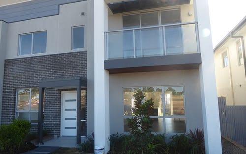11 Mooney Ave, Moorebank NSW
