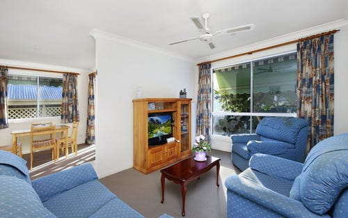 2 Saliena Avenue, Lake Munmorah NSW 2259
