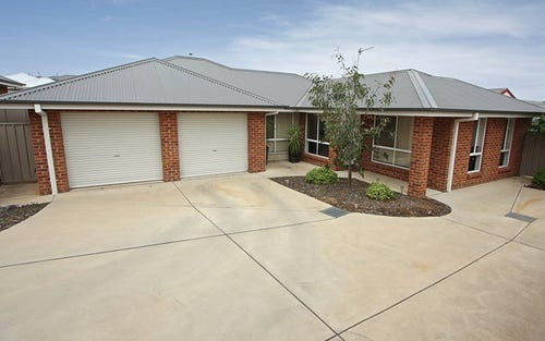 2/8 Osterley Street, Bourkelands NSW