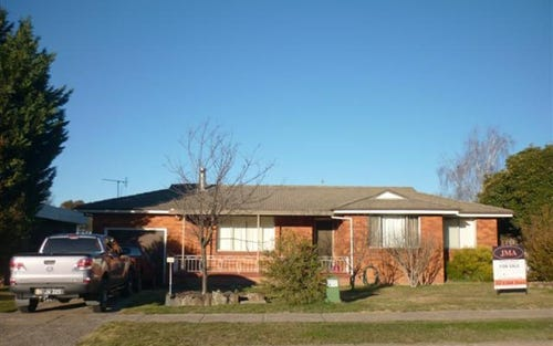 36 Palmer Street, Blayney NSW 2799
