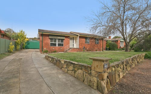 18 Stretton Crescent, Latham ACT 2615