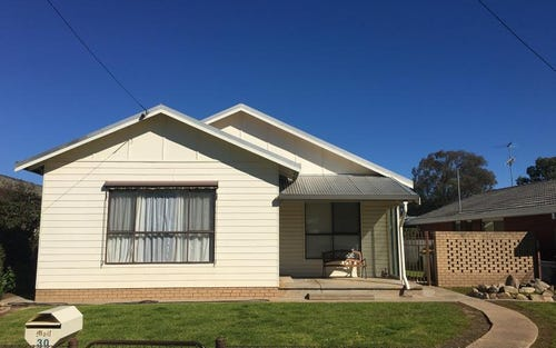 30 Sladen St East, Henty NSW 2658