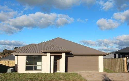 9 Joseph Hollins Drive, Moss Vale NSW