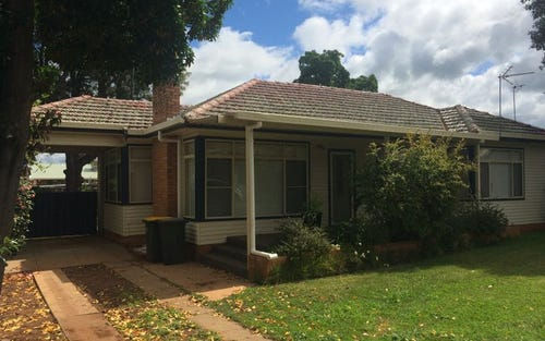 33 Caroline Street, Dubbo NSW