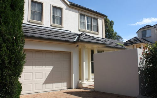 92 Harrington Ave, Castle Hill NSW 2154
