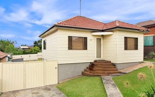 175 Flagstaff Road, Lake Heights NSW