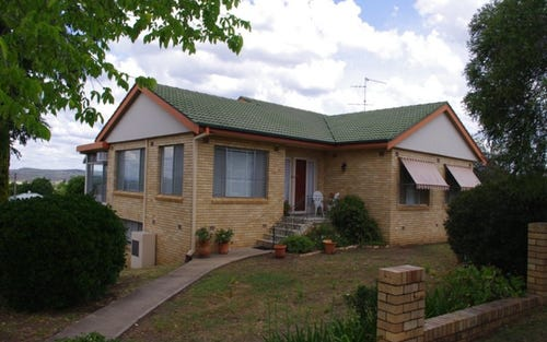2 Gordon Street, Inverell NSW 2360