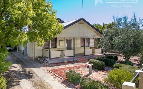 6 Hampden Avenue, North Wagga Wagga NSW 2650